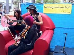 Musiker vor dem UPH